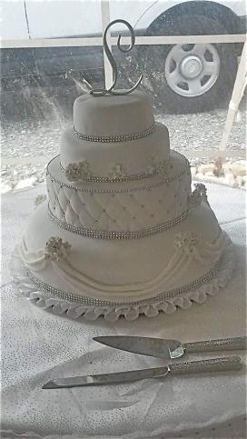 WeddingCakeWhite